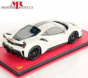 Ferrari 488 Pista 1:18, by MR Collection - FE025G