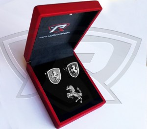 Carbon Fiber Cufflinks with Cavallino Lapel Pin