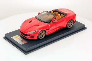 Ferrari Portofino with Open Roof - Rosso Corsa Scale 1:18, by LookSmart